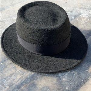 Vaute Couture Vegan Boater Hat, MED